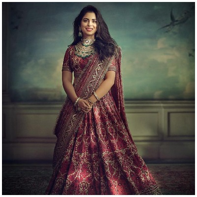isha-ambani-pre-wedding-look