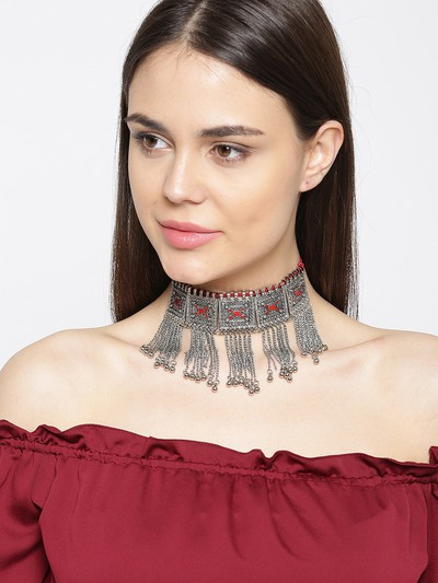 23-jewellery-design-Oxidised-Silver-Toned-Red-Textured-Choker-Necklace