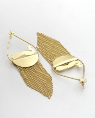 4-jewellery-design-Gold-Toned-Contemporary-Drop-Earrings