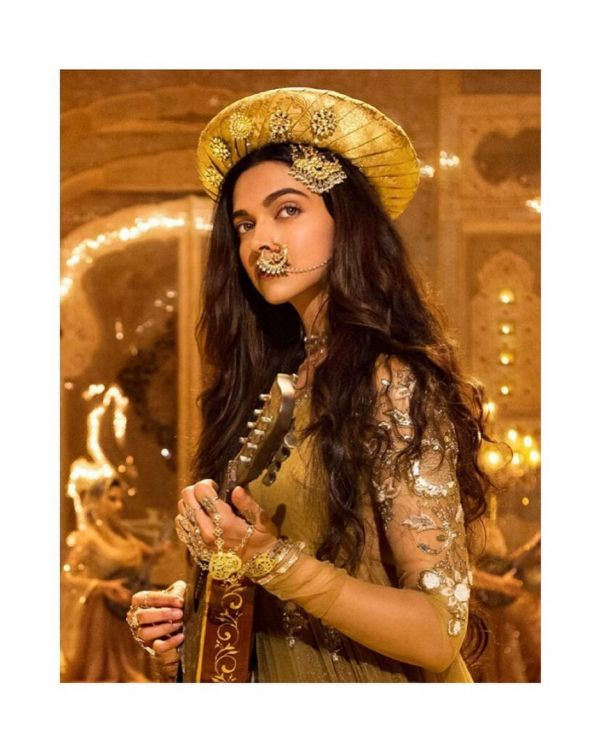 What Sets Deepika Padukone Apart From The Rest Of Bollywood- Mastani