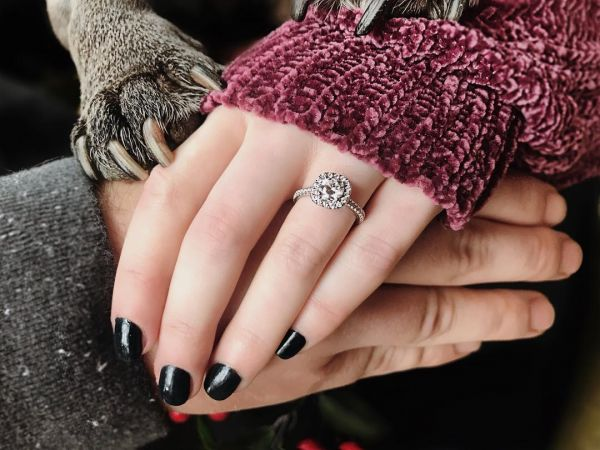 brides-flaunting-engagement-ring-with-pet