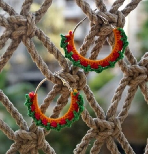 15-jewellery-designs-knitted-hoops