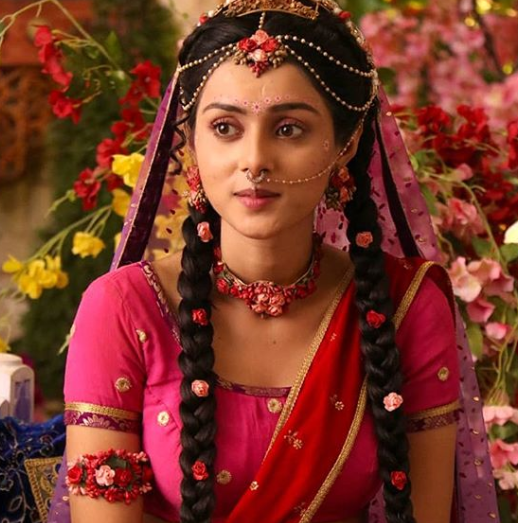 radha-krishn-mallika-singh-hair-and-makeup