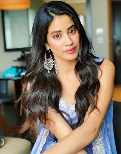 Sara Ali Khan Has The Coolest Response To Media-Infused Rivalry With Janhvi Kapoor- Janhvi