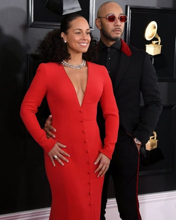 1 Wildest Hair   Makeup Trends That Took Over Grammys 2019 - alicia keys