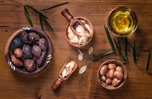 Here%E2%80%99s What Makes Argan Oil One of The BEST Kept Secret Ingredient For Gorgeous Hair - argan oil