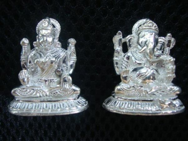 Lakshmi Ganesh - Gift for newly married couple
