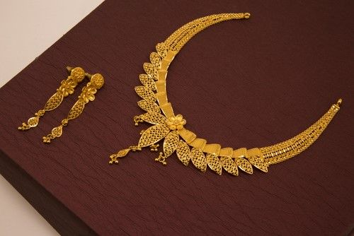 Jewellery for newly married couple