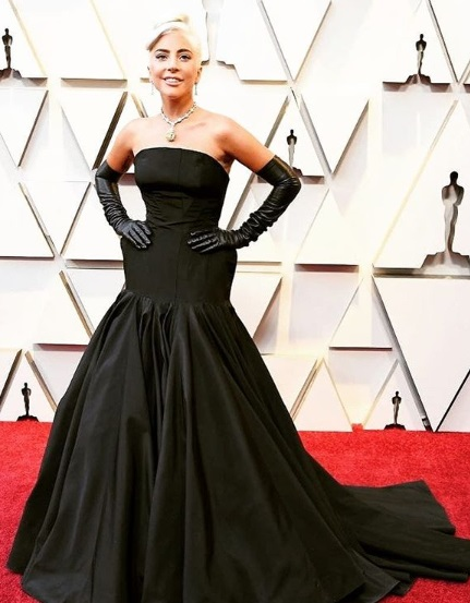 16-Oscar-Best-Dressed-Red-Carpet-Moments