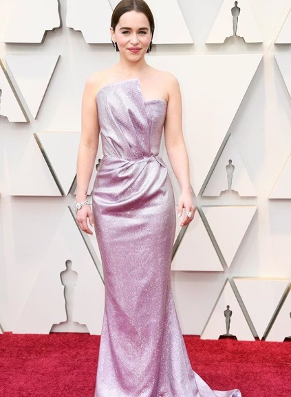 8-Oscar-Best-Dressed-Red-Carpet-Moments