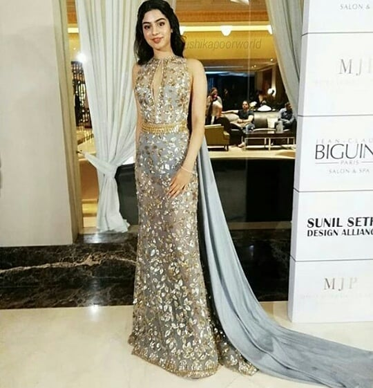 indo-western-outfits-floor-length-maxis