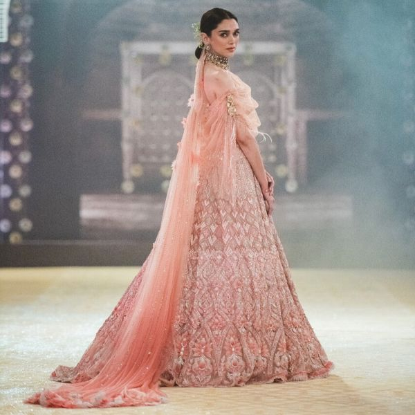 indo-western-outfits-weddings-lehenga-gown