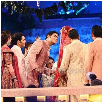akash-ambani-shloka-mehta-wedding-look-2