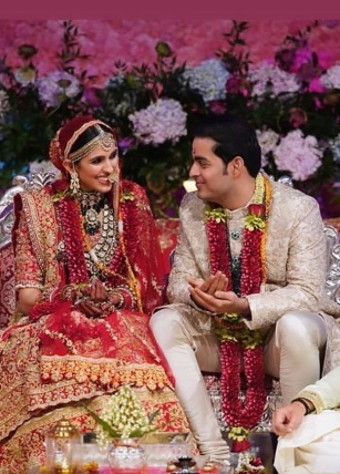 10-Everyone-Who-Wore-Sabyasachi-To-The-Ambani-Wedding