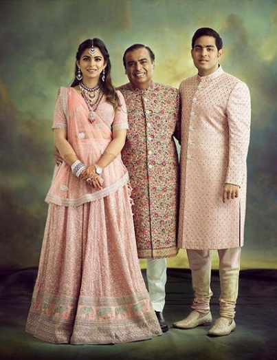 3-Everyone-Who-Wore-Sabyasachi-To-The-Ambani-Wedding