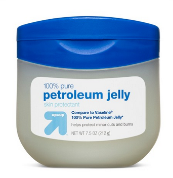 petroleum-jelly-how-to-remove-eye-bags