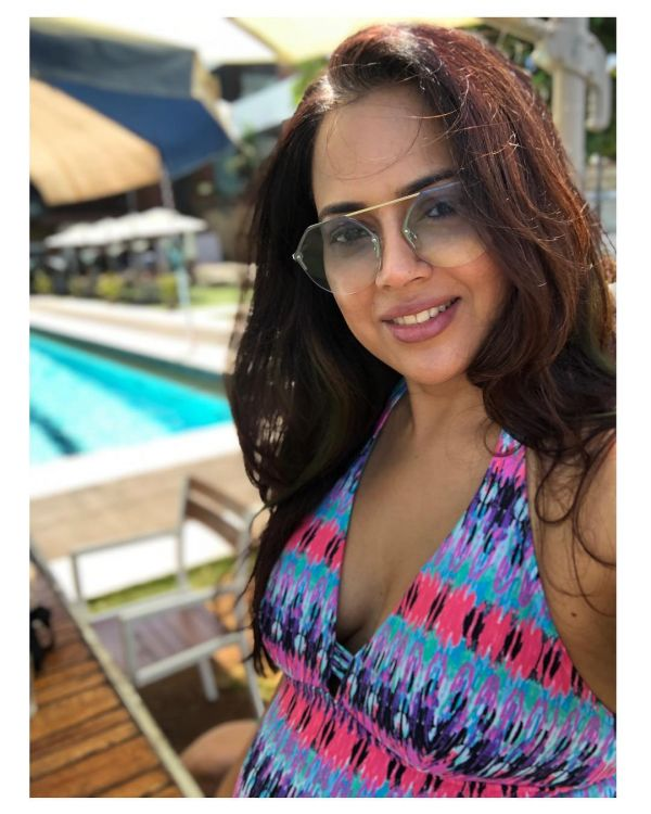 2 sameera reddy in a monokini