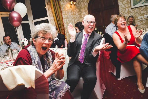 how-to-raise-a-wedding-toast-funny