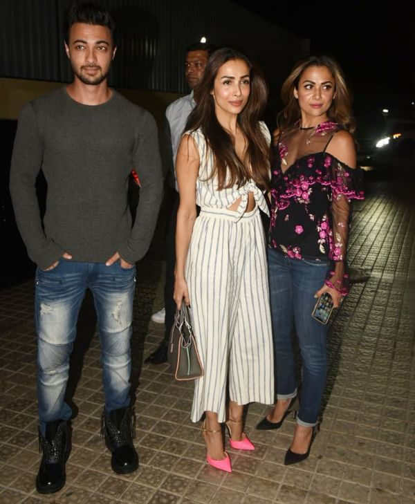 5-knotted-dress-malaika-arora-in-striped-jumpsuit