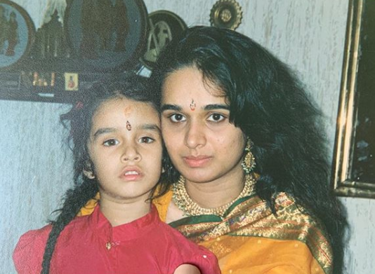 shraddha kapoor mothers day