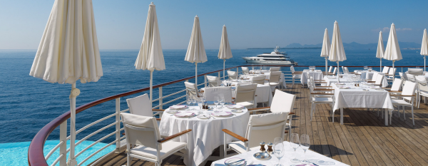 grill and lounge cannes