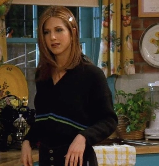 8-Rachel-Green's-Every-Chic-Outfit-On-Friends