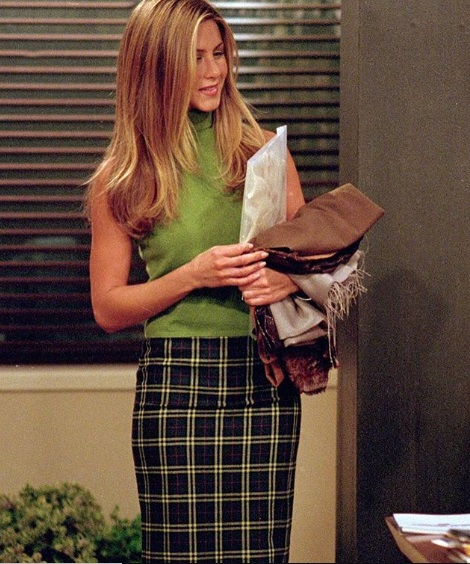 24-Rachel-Green's-Every-Chic-Outfit-On-Friends