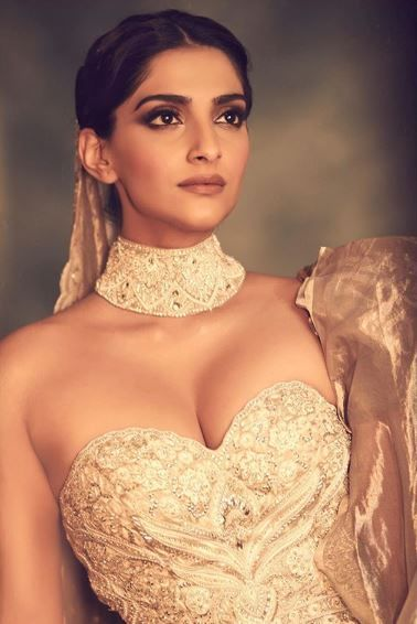 4 sonam kapoor in a silver gown at cannes 2019