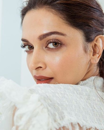 deepika padukone brown eyeshadow