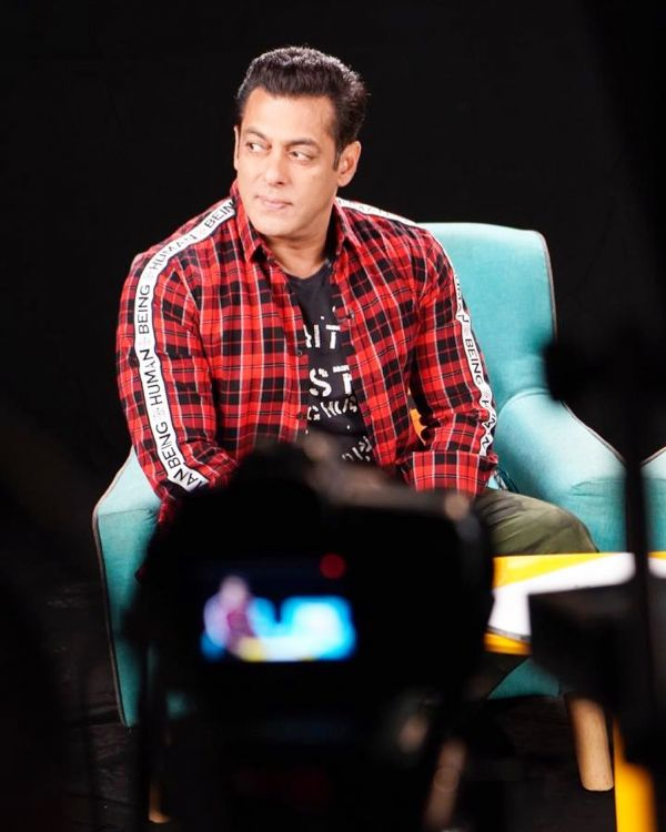 These Weirdest Habits Of Bollywood Celebs Will Make Yours Sound Normal - salman khan