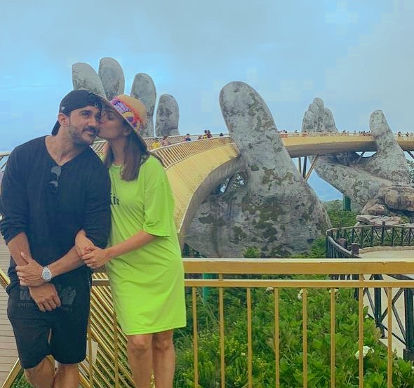 3-anita-hassnandani-on-vacation-with-rohit-reddy
