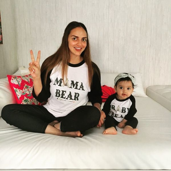 4-esha-deol-with-daughter-radhya