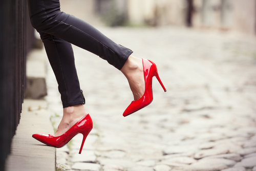 6 things to not do when you wear heels