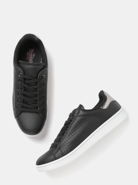6 fashion essentials for college girls Black Textured Sneakers