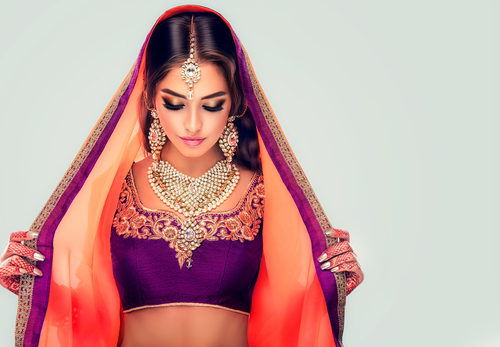 5 tips to wear a saree - saree blouse