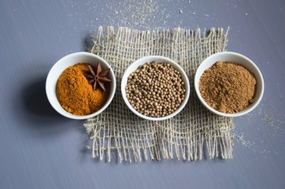 turmeric-flour-how-to-detan-skin
