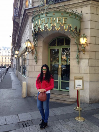 day1-laduree-champs-elysees-sanjana