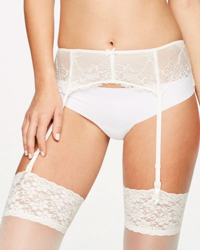 12-types-of-lingerie-Floral-Lace-Garter-Belt
