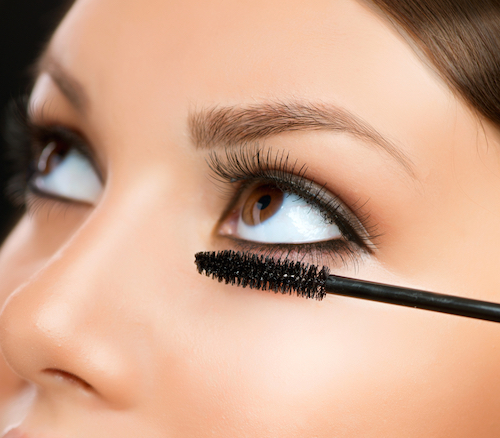 How NOT To Get Clumpy Lashes