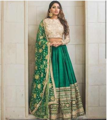 green-embroidered-silk-semi-stitched-lehenga-bollywood-lehenga-sangeet-dresses-for-curvy-girls