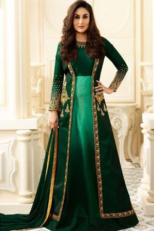 kareena-kapoor-green-abaya-style-salwar-suit-with-jacket-sangeet-dresses-for-curvy-girls