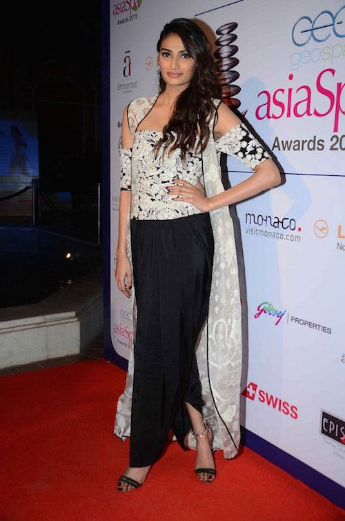 outfits to wear to shaadi1