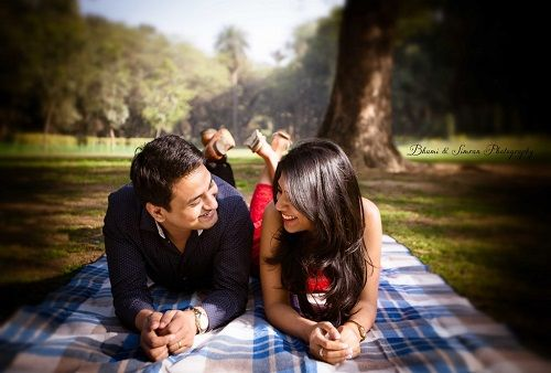 romantic pre wedding photos