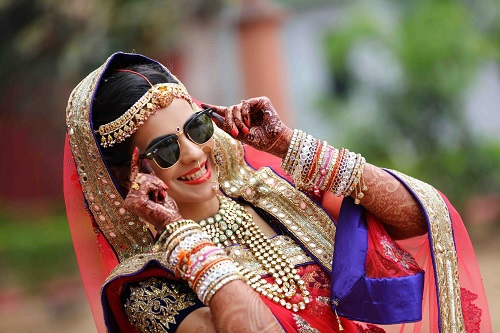 brides with glares3