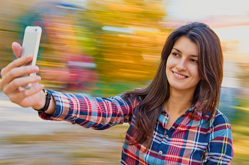 selfies are damaging your skin