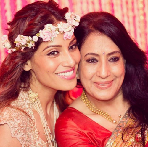 celebs with their moms