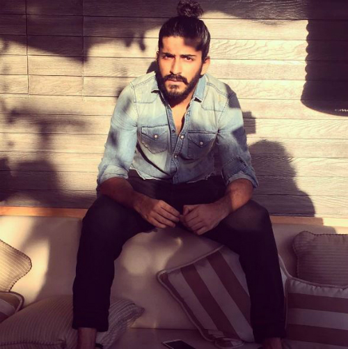 4 pictures of Harshvardhan Kapoor