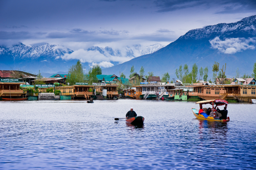 honeymoon destinations in india - Srinagar