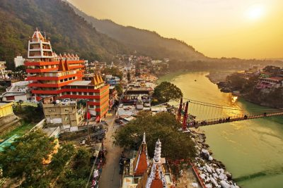 2-weekend-getaways-near-delhi-india-gate-rishikesh