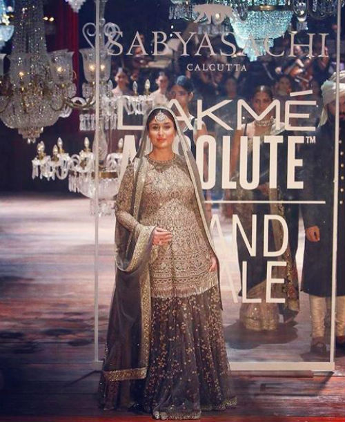 3 Kareena walked the ramp